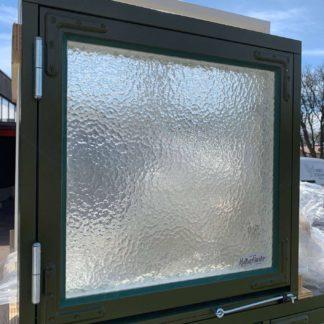 Sidohängt fönster 6x6 råglas från kulturfönster